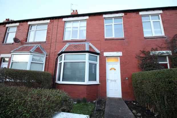 3 Bedrooms Terraced House for sale in Sydney Street, Lytham St Annes, Lancashire, FY8 1TR