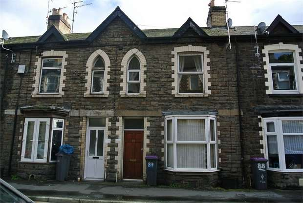 2 Bedrooms Terraced House for sale in Osborne Road, PONTYPOOL
