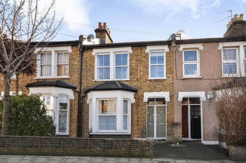 2 Bedrooms Flat for sale in Danbrook Road, London SW16