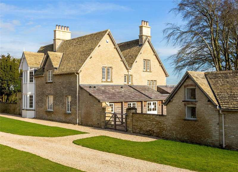 5 Bedrooms Detached House for sale in Babdown Farm, Tetbury, Gloucestershire