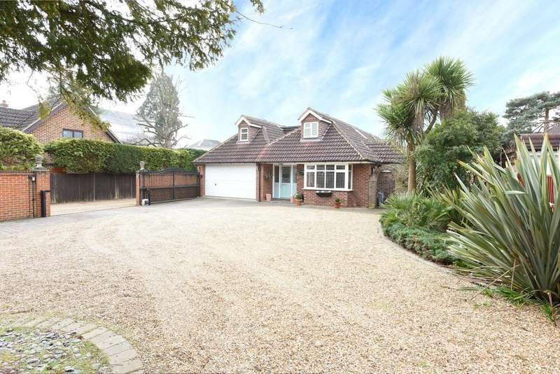 5 Bedrooms Detached House for sale in Old Esher Road, HERSHAM VILLAGE KT12