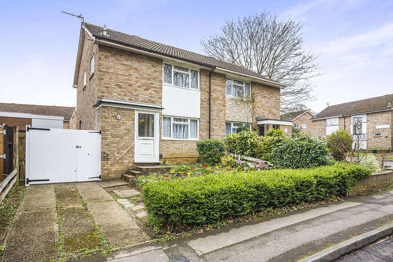3 Bedrooms Semi Detached House for sale in Graveney Road, Maidstone, ME15