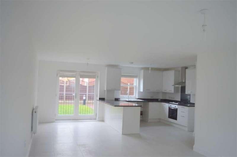 2 Bedrooms Flat for sale in Old Road West,Gravesend,Kent