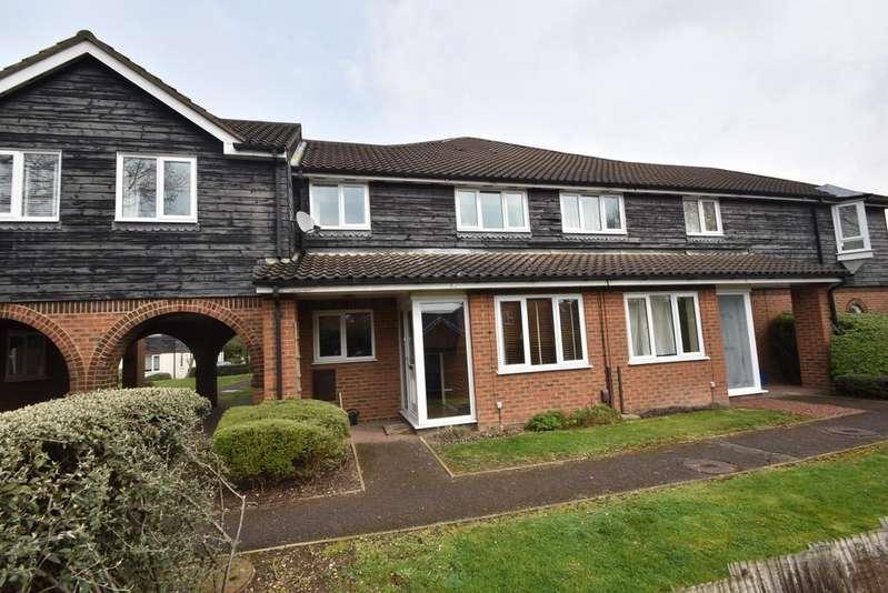 3 Bedrooms Apartment Flat for sale in Hazel Gardens, Sawbridgeworth