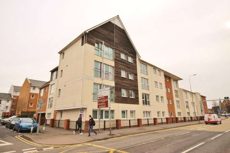 2 Bedrooms Ground Flat for sale in Lock Keeper's Court, Blackweir, Cardiff