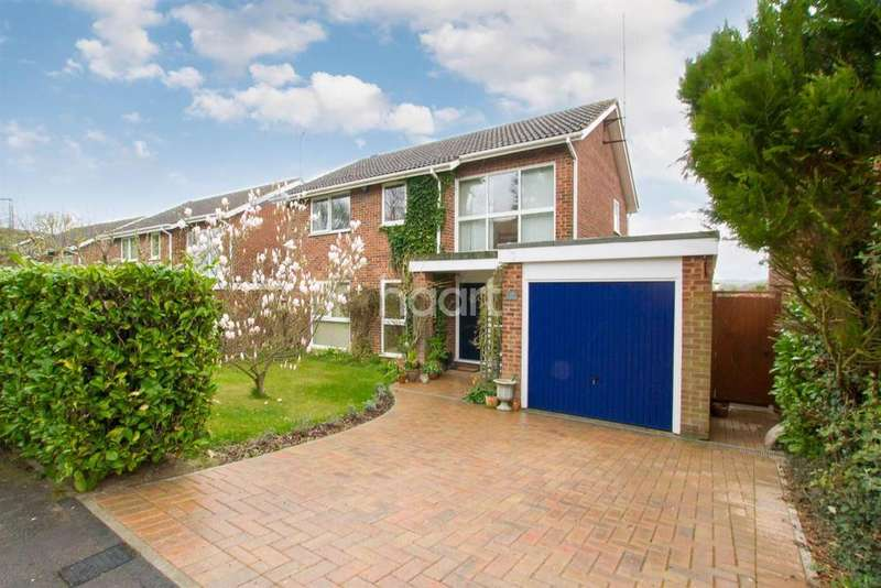 4 Bedrooms Detached House for sale in River View