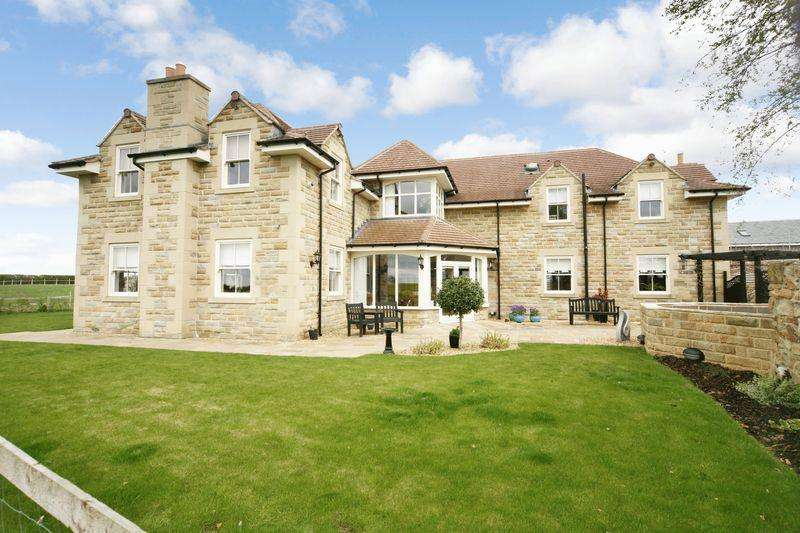 5 Bedrooms Detached House for sale in Farrick View, Medburn, Newcastle upon Tyne