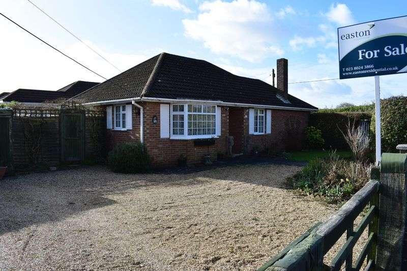 3 Bedrooms Detached Bungalow for sale in Waltons Avenue, Southampton