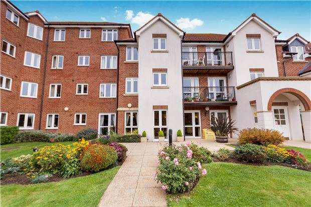 1 Bedroom Flat for sale in Bellview Court, Cranfield Road, BEXHILL-ON-SEA, East Sussex, TN40 1QG