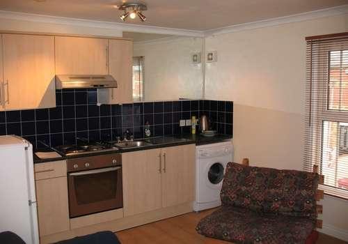 1 Bedroom Apartment Flat for rent in William Street, Reading, Berkshire, RG1 7DE
