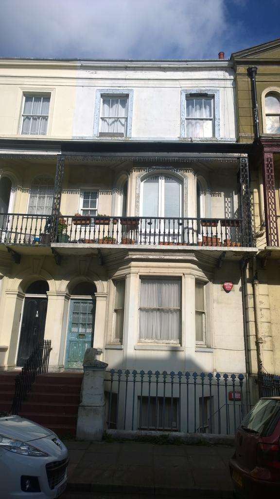 1 Bedroom Flat for sale in Augusta Road, Kent, Thanet, Kent CT11