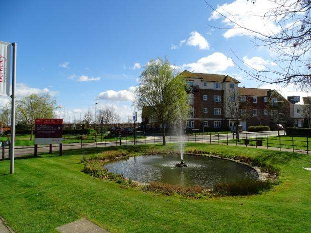 2 Bedrooms Apartment Flat for sale in Cedar House Rye Lane, Dunton Green, Sevenoaks, TN14