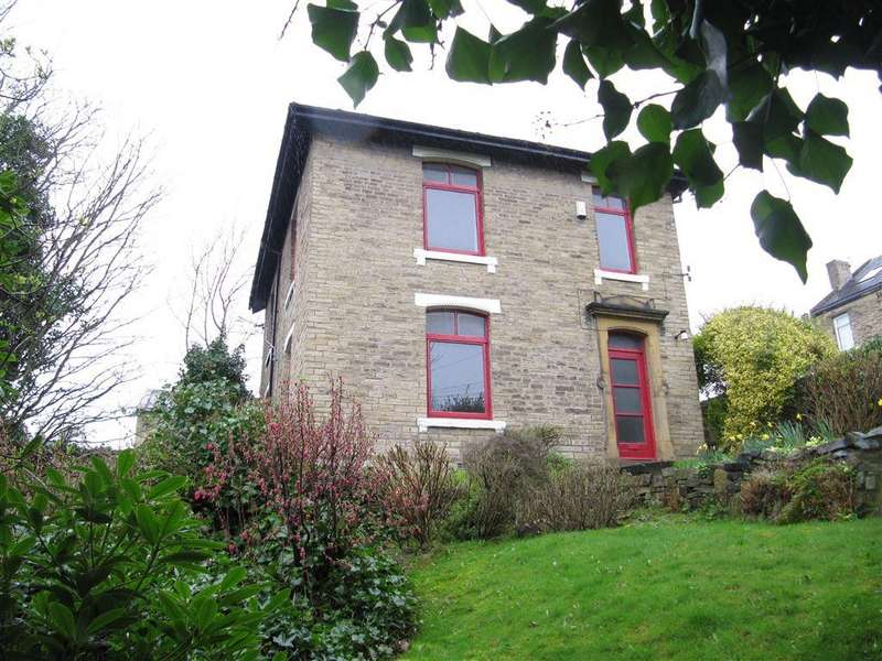 3 Bedrooms Detached House for sale in Lane Ends, Halifax
