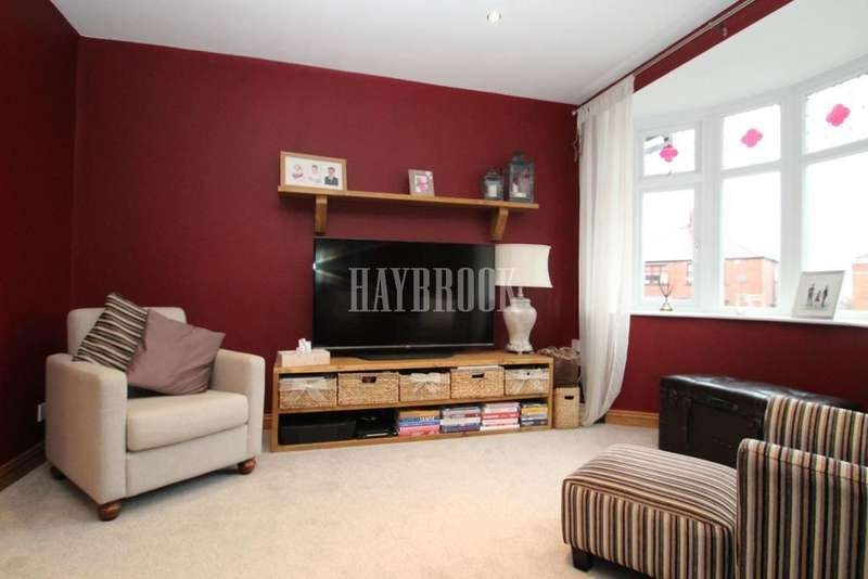 2 Bedrooms Semi Detached House for sale in Stanhope Gardens, Gawber