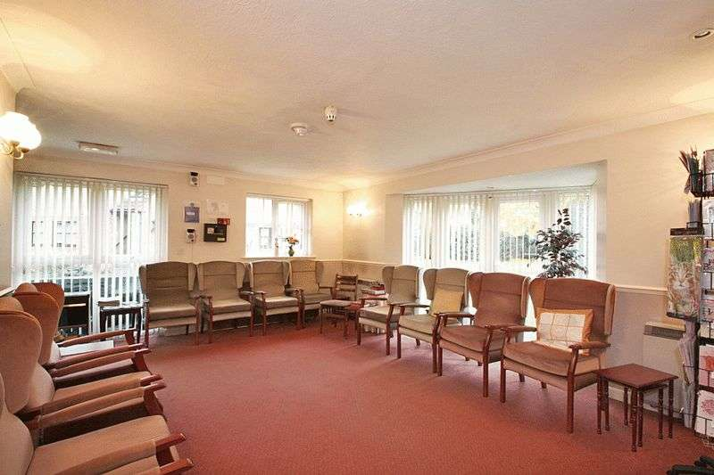 1 Bedroom Retirement Property for sale in Willow Mead, Southampton, SO30 4RB