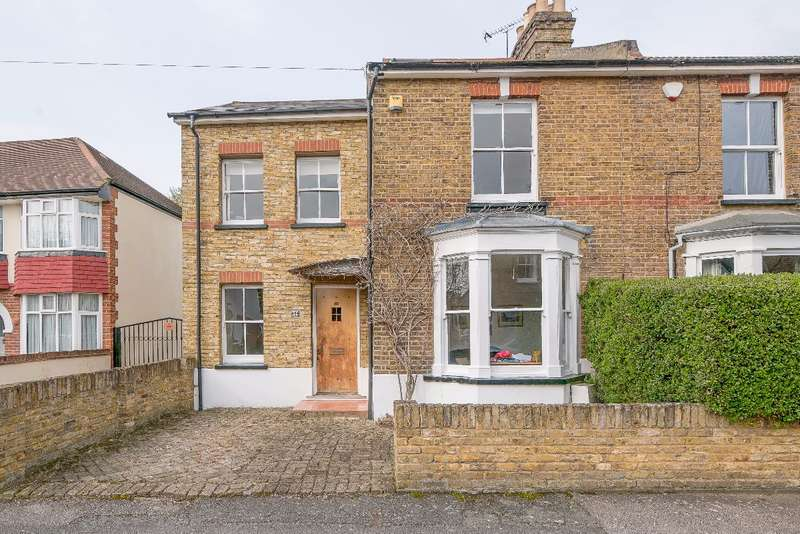 4 Bedrooms Semi Detached House for sale in Heathfield North, Twickenham