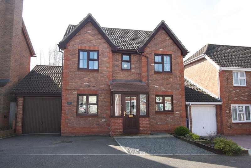 4 Bedrooms Detached House for sale in Spire Chase, Sudbury