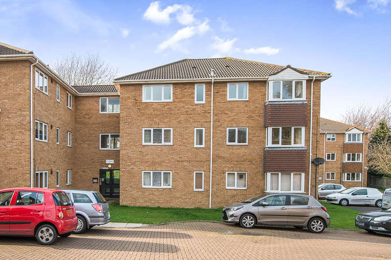 1 Bedroom Flat for sale in Bond Road, Gillingham, ME8