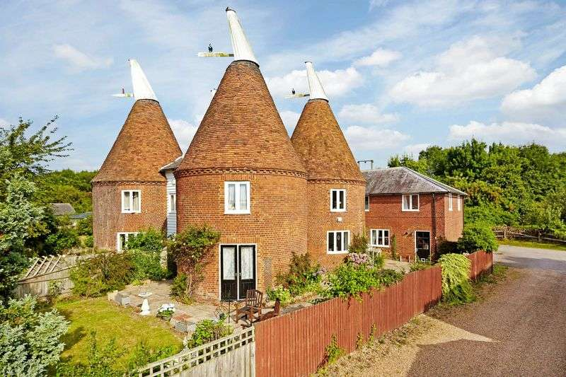 5 Bedrooms Property for sale in Bullion Oast, Manor Farm, Maidstone