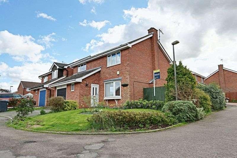 4 Bedrooms Detached House for sale in Queen Elizabeth Way, Barton-Upon-Humber