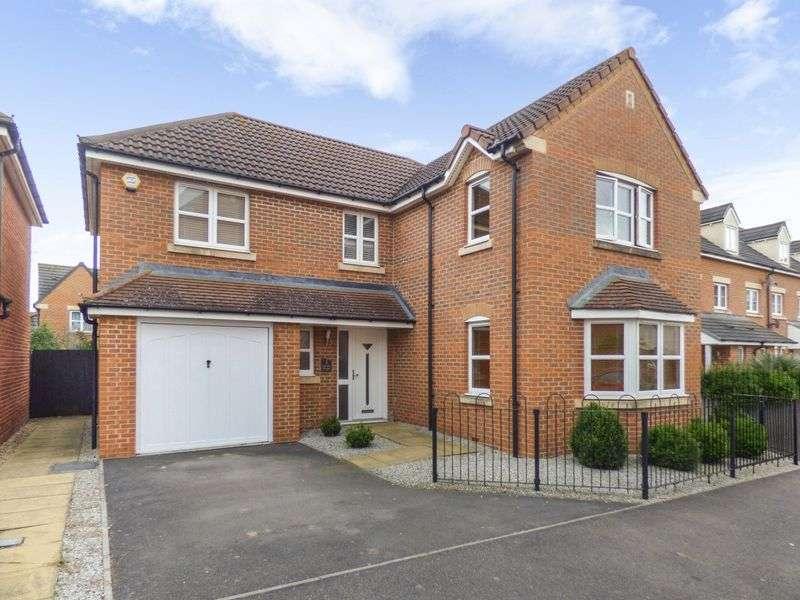4 Bedrooms Detached House for sale in Stoney Bridge, Gloucester