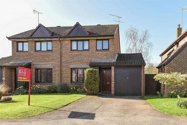 3 Bedrooms Semi Detached House for sale in All Saints Close, WOKINGHAM, Berkshire