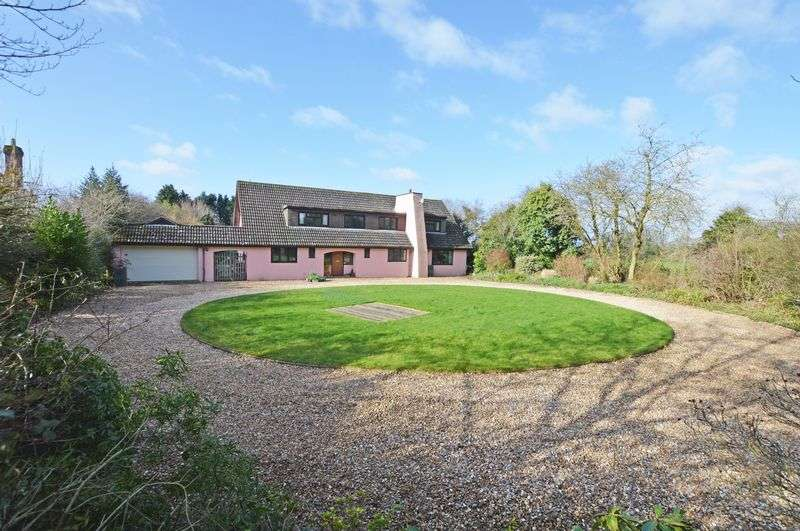 4 Bedrooms Detached House for sale in Telegraph Lane, Four Marks, Alton, Hampshire