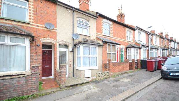 2 Bedrooms Terraced House for sale in Clarendon Road, Reading, Berkshire