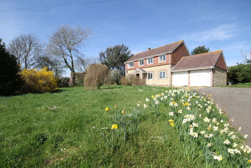 4 Bedrooms Detached House for sale in Brighstone, Isle of Wight