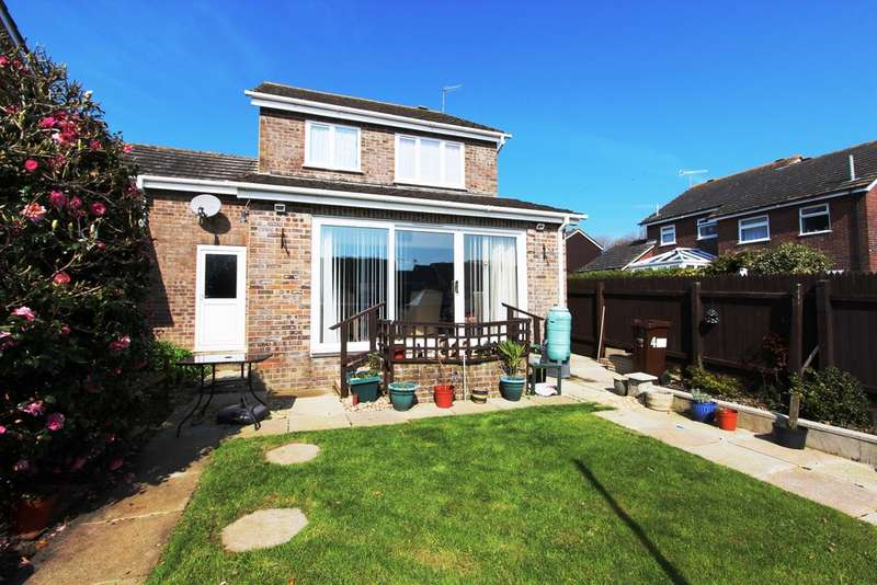 3 Bedrooms Semi Detached House for sale in Borough Park, Torpoint