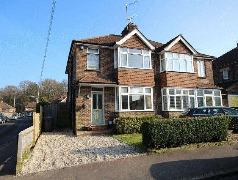 3 Bedrooms Semi Detached House for sale in Dellney Avenue, Haywards Heath