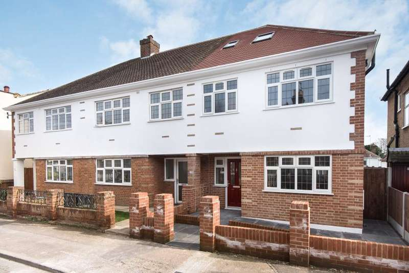 3 Bedrooms End Of Terrace House for sale in Minniedale, Surbiton, KT5