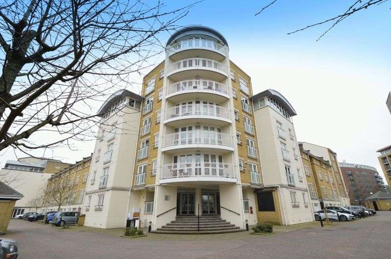 2 Bedrooms Flat for sale in Sycamore House, Woodland Crescent, Canada Water, SE16 6YR.