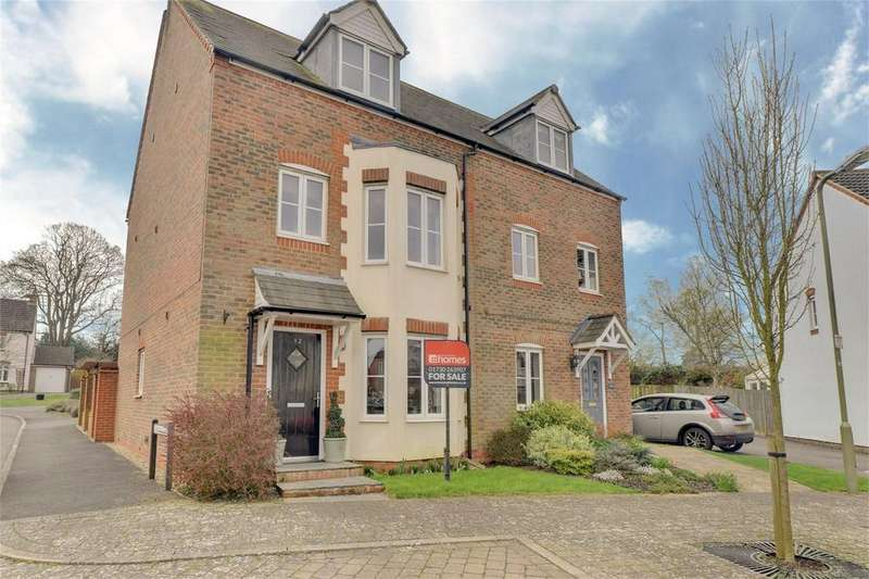 4 Bedrooms Semi Detached House for sale in Hobbs Square, PETERSFIELD, Hampshire