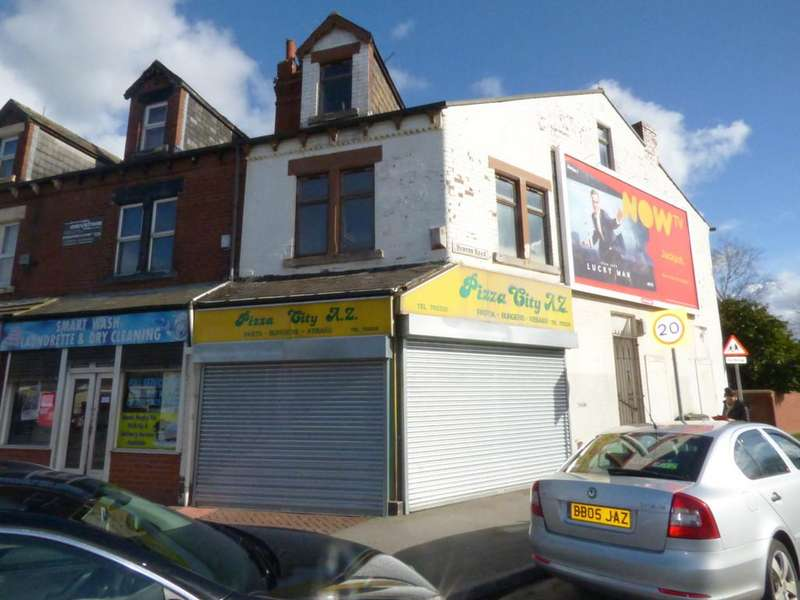 3 Bedrooms Flat for sale in Dewsbury Road, Beeston, LS11 5EG