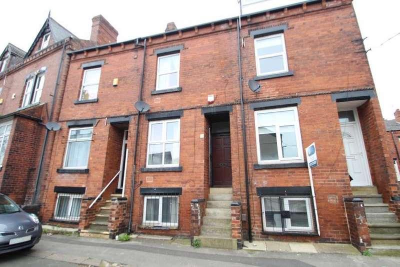 4 Bedrooms Terraced House for sale in LUCAS STREET, HEADINGLEY, LEEDS, LS6 2JD