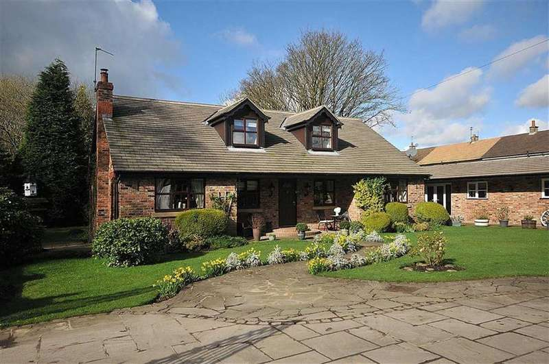 4 Bedrooms Detached House for sale in Oak Lane, Kerridge