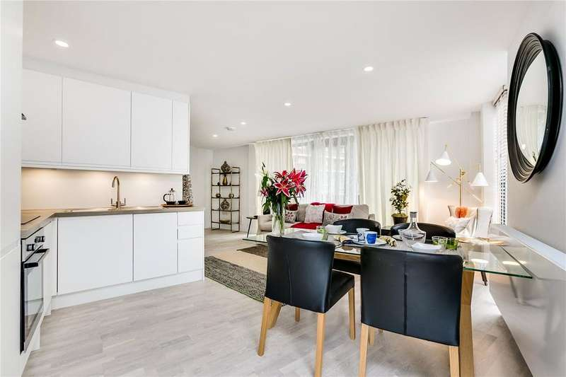 3 Bedrooms Flat for sale in Projectile Apartments, Thessaly Road, London