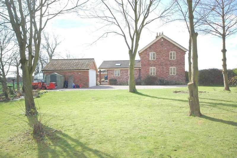 3 Bedrooms Cottage House for sale in Claythorpe, Lincolnshire