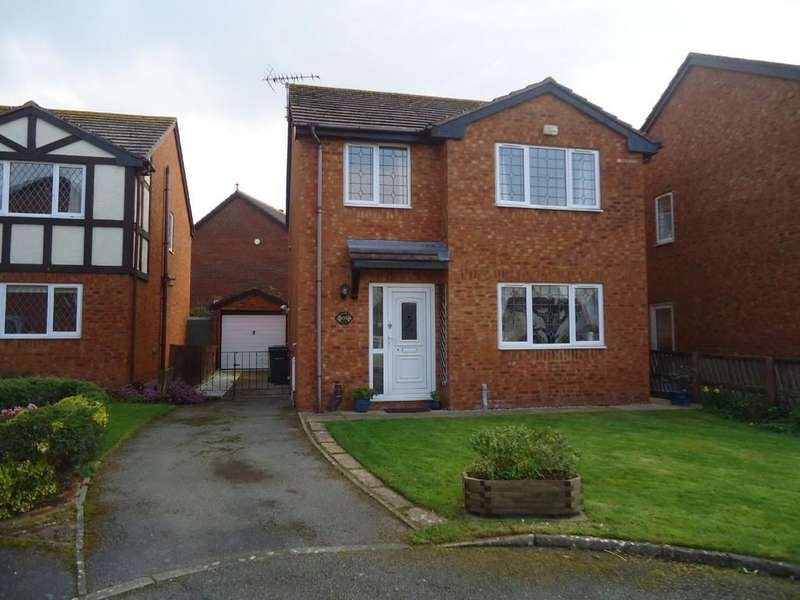 3 Bedrooms Detached House for sale in Clarence Road, Llandudno