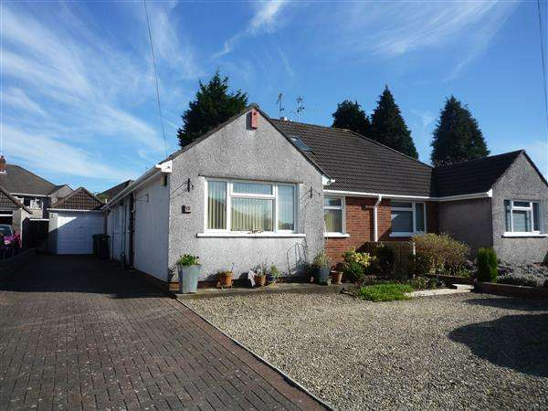 3 Bedrooms Bungalow for sale in Clos William, Rhiwbina, Cardiff