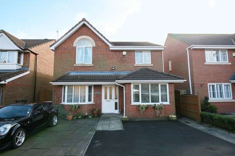 4 Bedrooms Detached House for sale in Greenhaven Close, Worsley Manchester