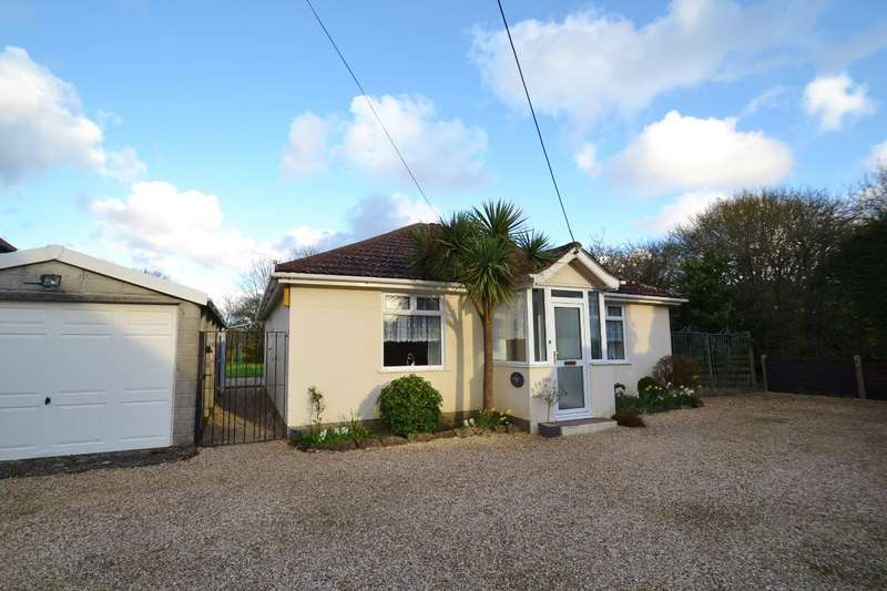 3 Bedrooms Bungalow for sale in Ringwood