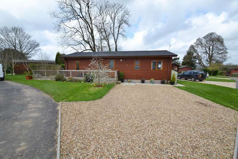 2 Bedrooms House for sale in Wimborne