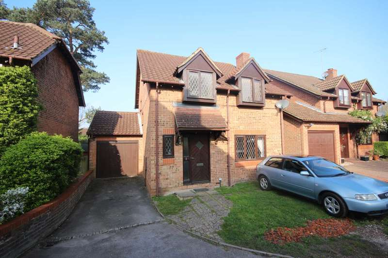 4 Bedrooms Detached House for sale in Sandford Down, The Warren