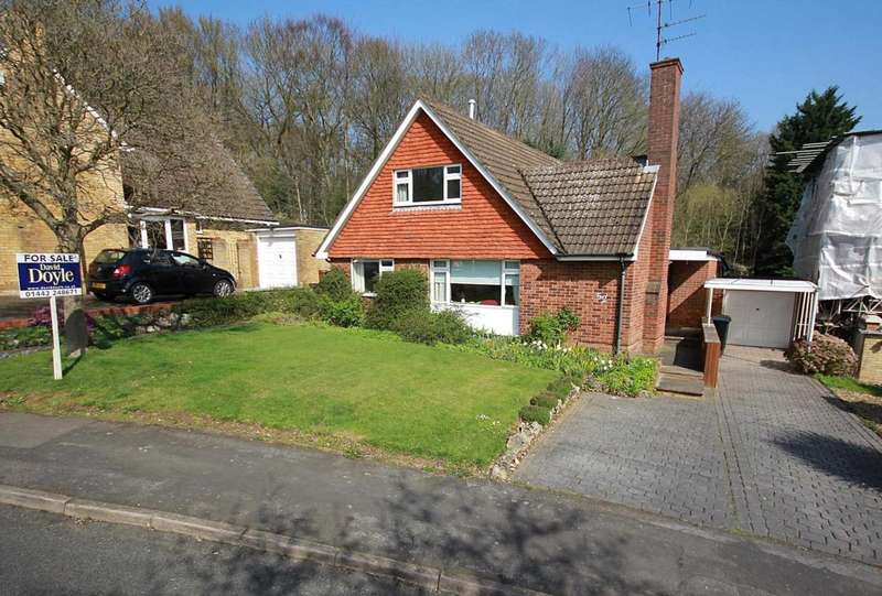 5 Bedrooms Bungalow for sale in RARELY available 4 or 5 BED detached chalet bungalow