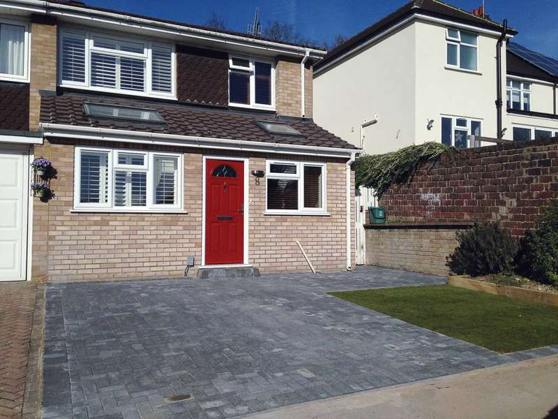 3 Bedrooms End Of Terrace House for sale in Vicarage Close, Boxmoor, Hemel Hempstead
