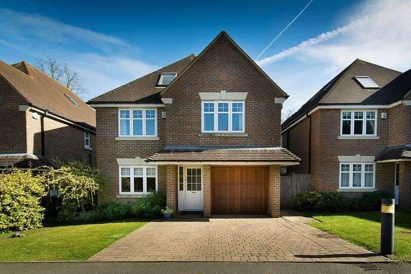 6 Bedrooms Detached House for sale in Woodcutter Place, St. Albans