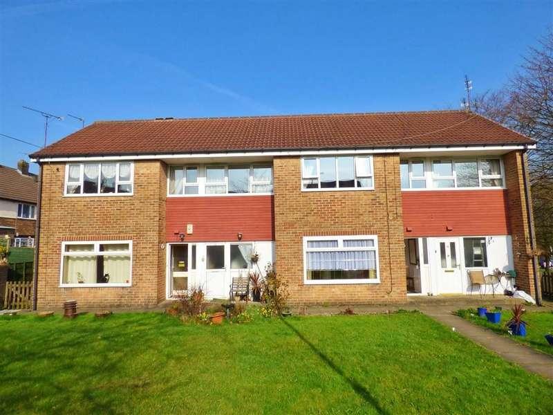 1 Bedroom Flat for sale in Howarth Green, Rochdale, Lancashire, OL12
