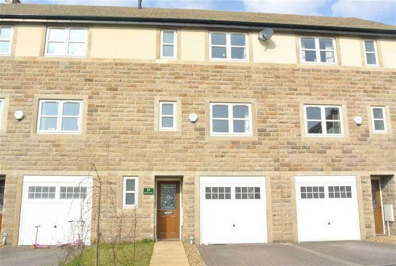 4 Bedrooms Property for sale in Knoll Close, Greenfield, SADDLEWORTH, OL3